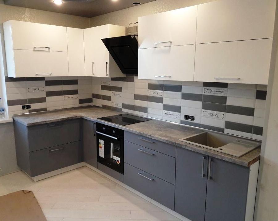 Белый кухонный гарнитур-Кухня из пластика «Модель 388»-фото1
