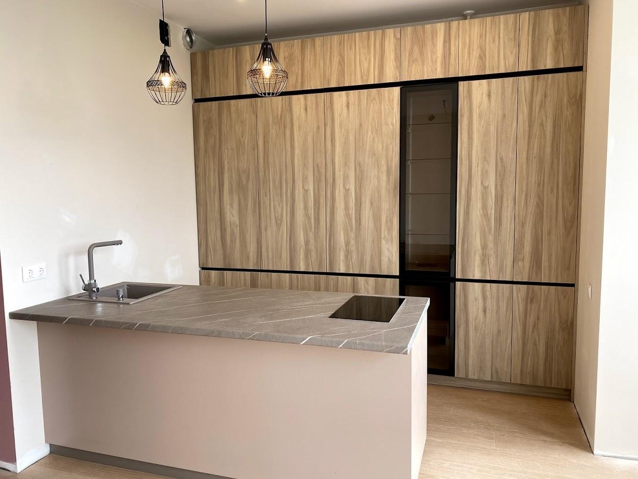 Встроенная кухня-Кухня из пластика «Модель 566»-фото1