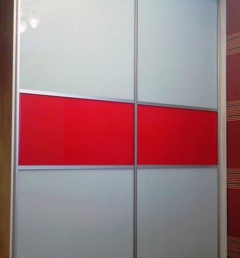 Белые шкафы-купе-Шкаф-купе из стекла c Oracal «Модель 395»-фото2